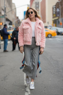 chelsea leyland in New York Fashion Week Street Style: Day 2