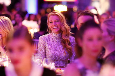 Blake Lively & Leonardo DiCaprio Toast Harvey Weinstein At The 2016 amFAR Gala