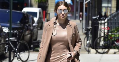 What's Going On With Gigi Hadid's Belly Button?
