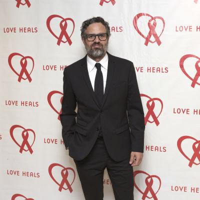 mark ruffalo in Love Heals Gala 2016