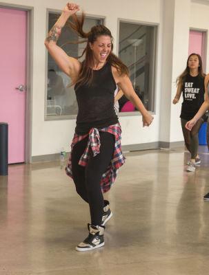 veronica ferrante in  Zumba and Yoga at LA Mother