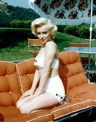 Happy Birthday Marilyn Monroe! 10 Rare Photos Of The Glamorous Icon