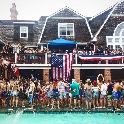 #Sprayathon: Wall Street Bro's Wild Hamptons Party Trashed $20 Million Mansion