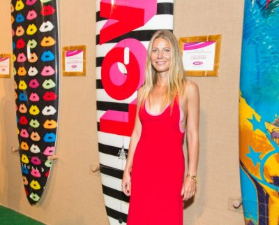 Gwyneth Paltrow Hosts The 5th Annual Hamptons Paddle & Party For Pink