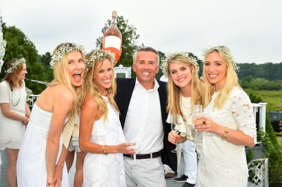 paul chevalier in #‎BLOOMINGENBLANC‬ Summer Soireé