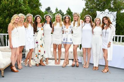 lauren nelson in #‎BLOOMINGENBLANC‬ Summer Soireé
