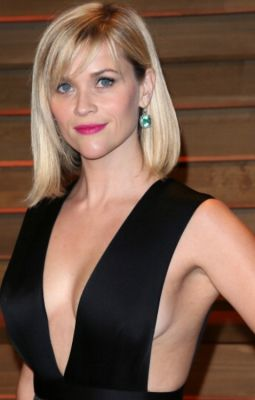 reese witherspoon in 57 #NoBra Moments From Our Favorite Celebrities