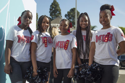 morning side-high-school-cheerleaders in Just Weaves By Just Extensions Opens Up Its First Premium Weaving Installation Store In Inglewood, California