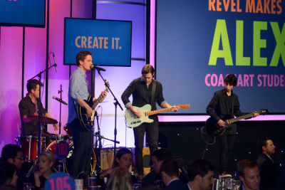 revel makes in CoachArt Gala of Champions 2016