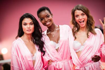 Victoria's Secret Fashion Show 2016: Backstage