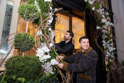 darroch putnam in Holidays In Bloom: Floral Fun With Putnam & Putnam