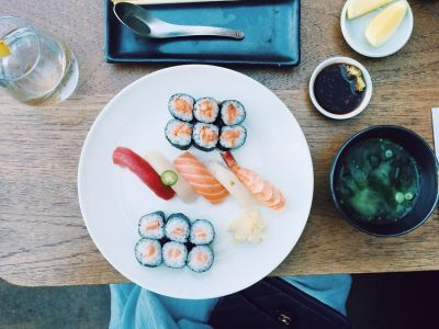 All The Ways You're Completely Eating Sushi Wrong