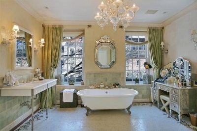 The $10 Million Townhouse A Real Housewife Of New York Just Can't Sell