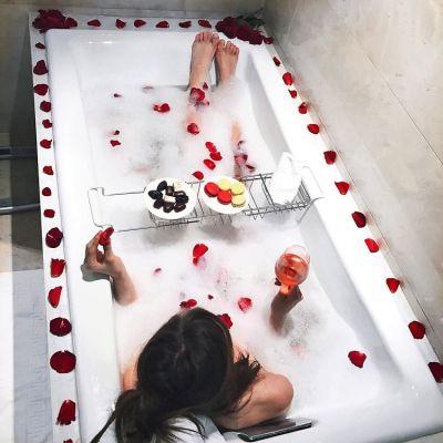 Hot Baths Make You Skinny, Says Science