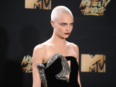 Cara Delevingne Proves That Bald Is Beautiful With A Surprising Scalp Accessory