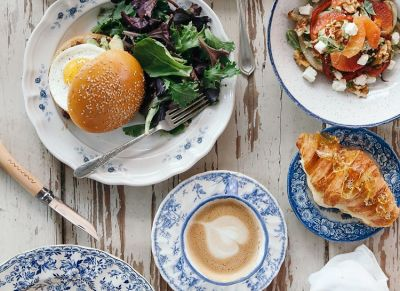 18 NYC Restaurants Your Mom Will Love