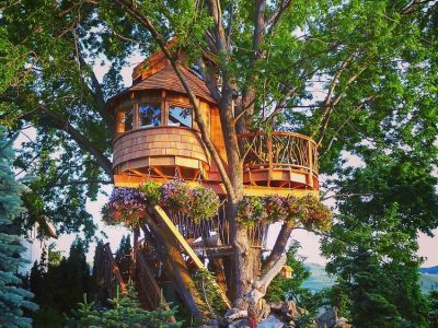10 Gorgeous Tree Houses That Will Make You Want To Live In The Woods