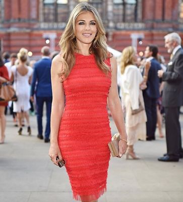elizabeth hurley in Brits Sure Know How To Throw A Garden Party