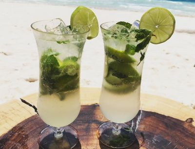 The 5 Skinniest Drinks To Order At The Bar Tonight