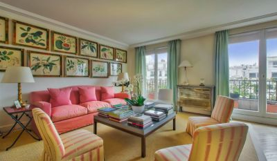 Inside Lee Radziwill's $4 Million Parisian Pied-à-Terre