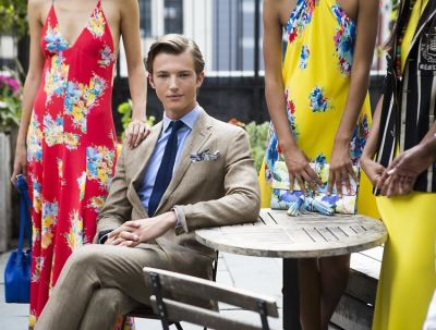 10 Signs You're Dating A Secret Rich Kid