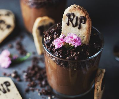 8 Healthy Halloween Treats To DIY