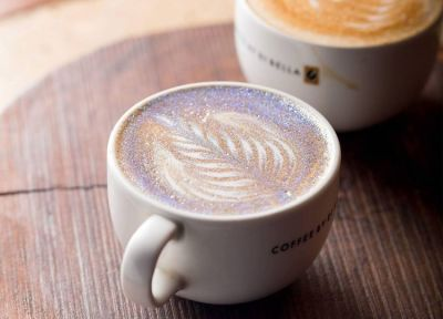 A Glitter Cappuccino Is The Most Glamorous Way To Wake Up