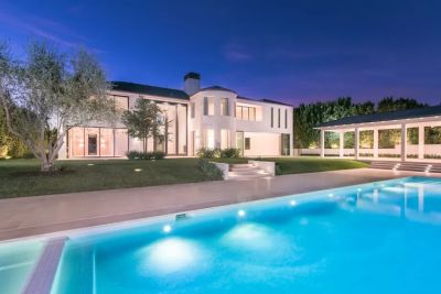 Kim & Kanye Just Sold Their Bel Air Mansion For $17.8 Million
