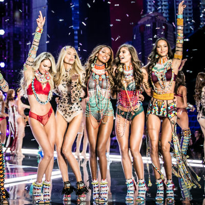 Your First Look At The 2017 Victoria's Secret Fashion Show In Shanghai