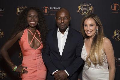 cindy cowan in Affluent Attaché Club Grand Luxury Seduction 2017