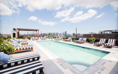 A New Rooftop Pool & Bar Opens In Williamsburg Today!