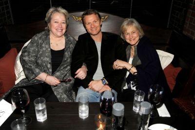 Kathy Bates, Philippe Benard, Jennifer Jestin