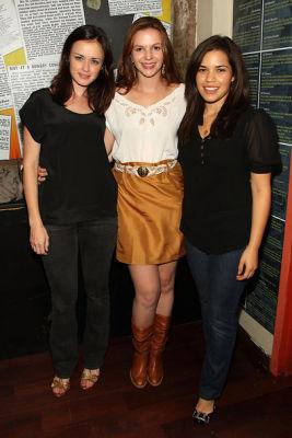 Alexis Bledel, Amber Tamblyn, America Ferrera