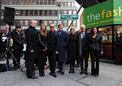 George Fertitta, Nina Garcia, Michael Kors, Robert Lieber, Barbara Randall, Tim Gunn, Andrea Wong