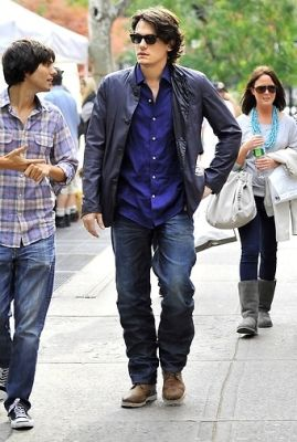Ricky Van Veen, John  Mayer