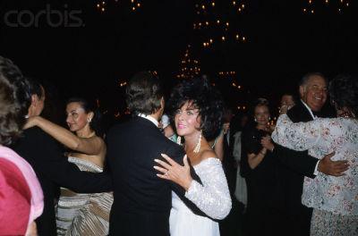 Elizabeth Taylor dancing