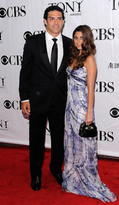Jamie-Lynn Sigler, Mark Sanchez