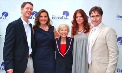 Jeffrey Friedman, Mariska Hargitay, Barbara Olton, Debra Messing, Matt McGrath