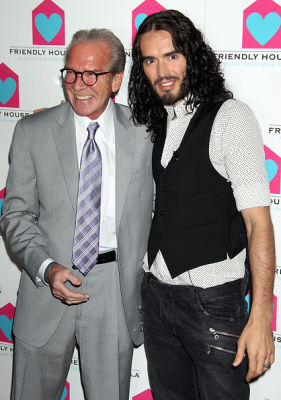 Pat O'Brien, Russell Brand