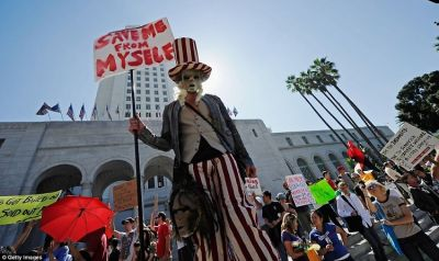 Revolution Update: Occupy LA Enters Day 3 Downtown