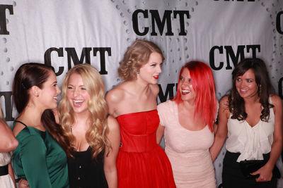 Marisha Wagner, Chantell Paige, Taylor Swift, Charity Baroni, Elizabeth Huett