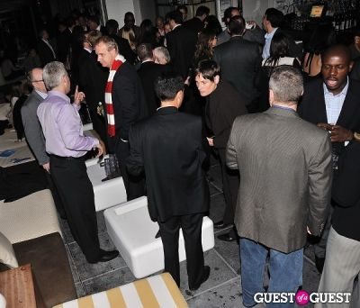 An Evening PINKnic Hosted By Manhattan Home Design