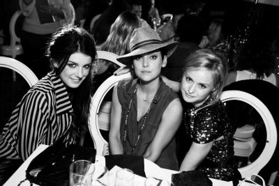 Shenae Grimes, Jessica Lowndes, Natalie Obradovich