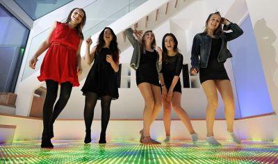 London's In-Home Nightclub Keeps Teens Safe