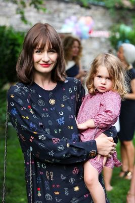 Emily Mortimer, May Rose