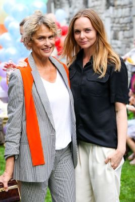 Lauren Hutton, Stella McCartney