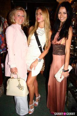 Ludmilla Winters, Violetta Afanasyeva, Yelena Vasilenko