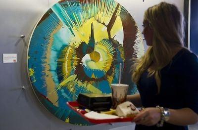 Burger King In London Adds Impressive Artwork