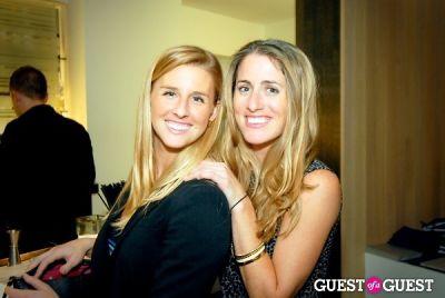 Vicki Robella, Lauren Gilmore