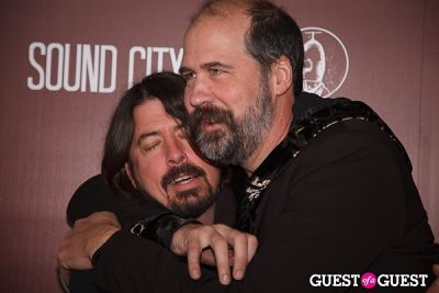 Dave Grohl, Krist Novoselic